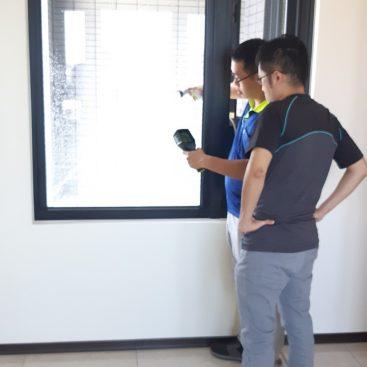 窗框外側洩水檢查